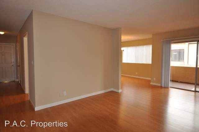 2 Bedrooms 2 Bathrooms Apartment for rent at 5036 Coldwater Canyon in Sherman Oaks, CA