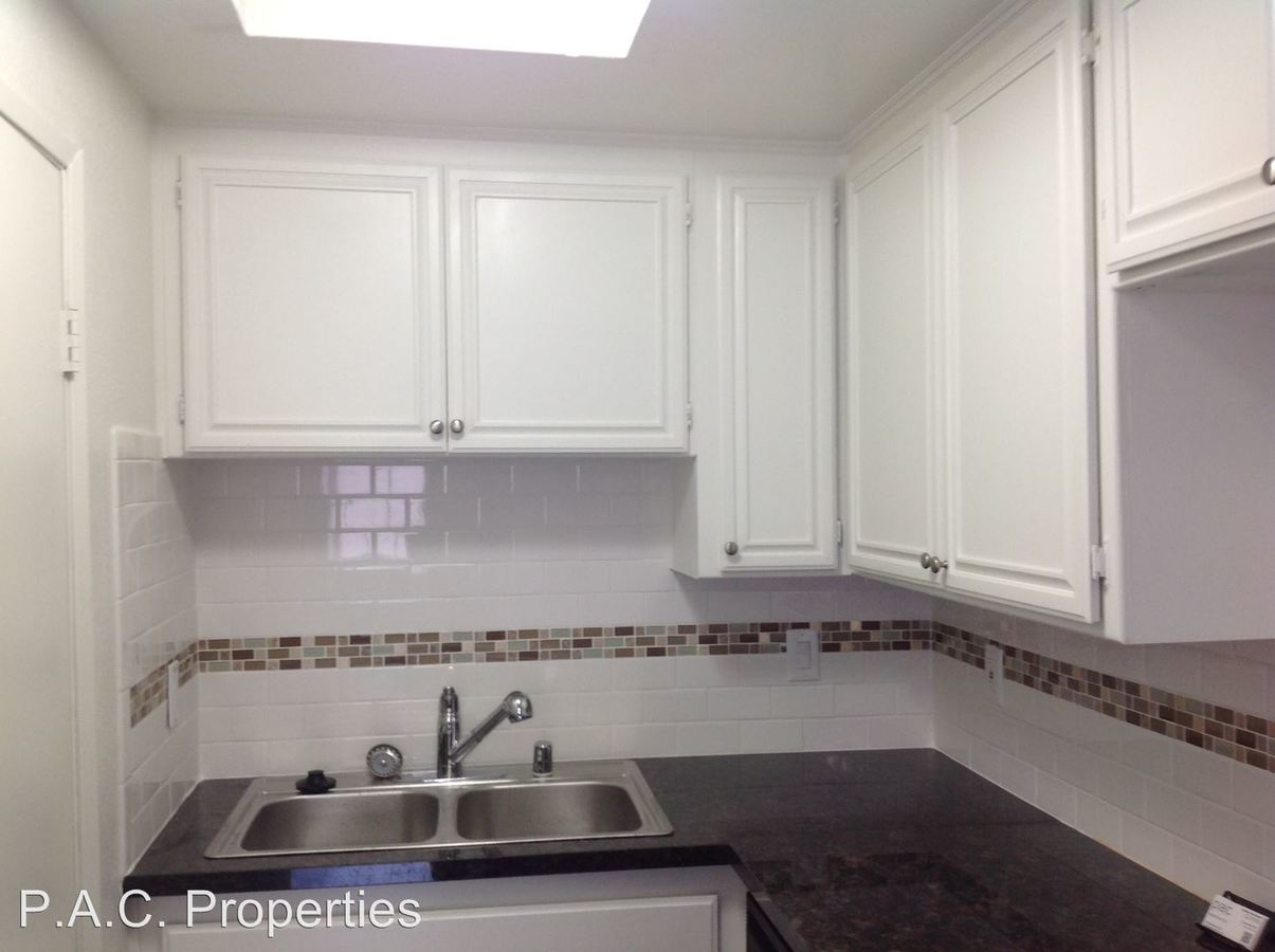 1 Bedroom 1 Bathroom Apartment for rent at 5328 Riverton Avenue in North Hollywood, CA