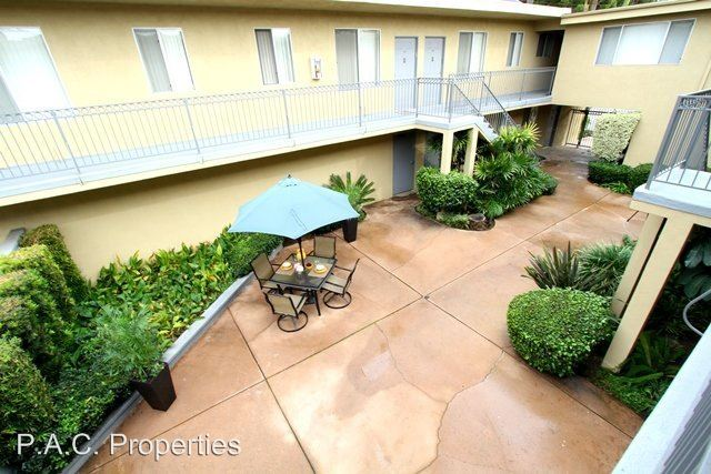 1 Bedroom 1 Bathroom Apartment for rent at 4565 Hazeltine Ave in Sherman Oaks, CA