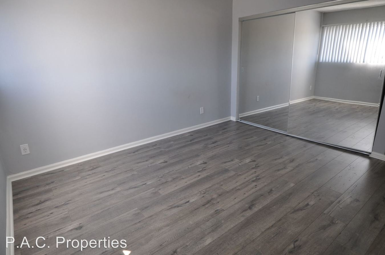 1 Bedroom 1 Bathroom Apartment for rent at 10645 Valley Spring Lane in North Hollywood, CA