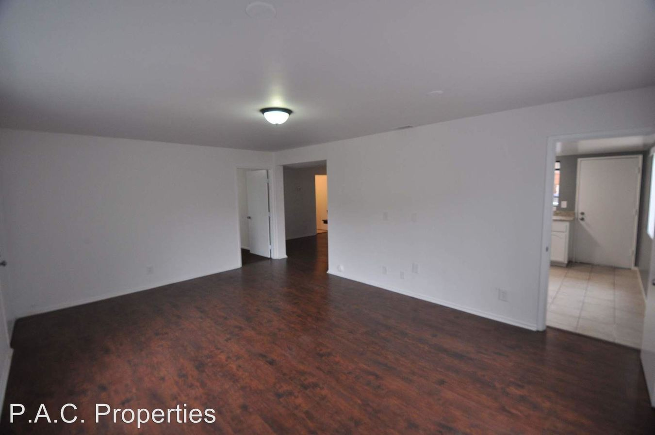 2 Bedrooms 2 Bathrooms Apartment for rent at 1812-30 Wilcox Avenue in Los Angeles, CA