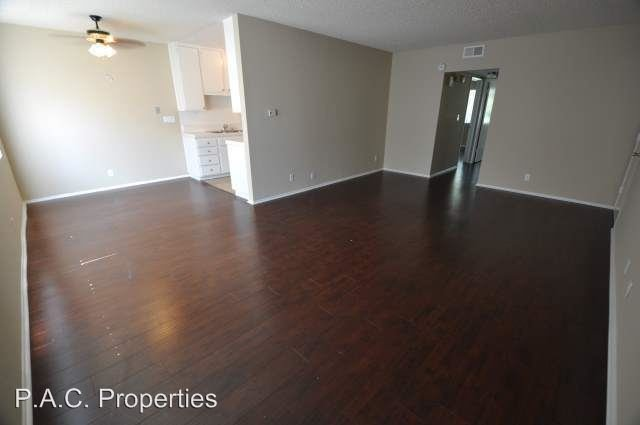 2 Bedrooms 2 Bathrooms Apartment for rent at 24411 Newhall Avenue in Newhall, CA