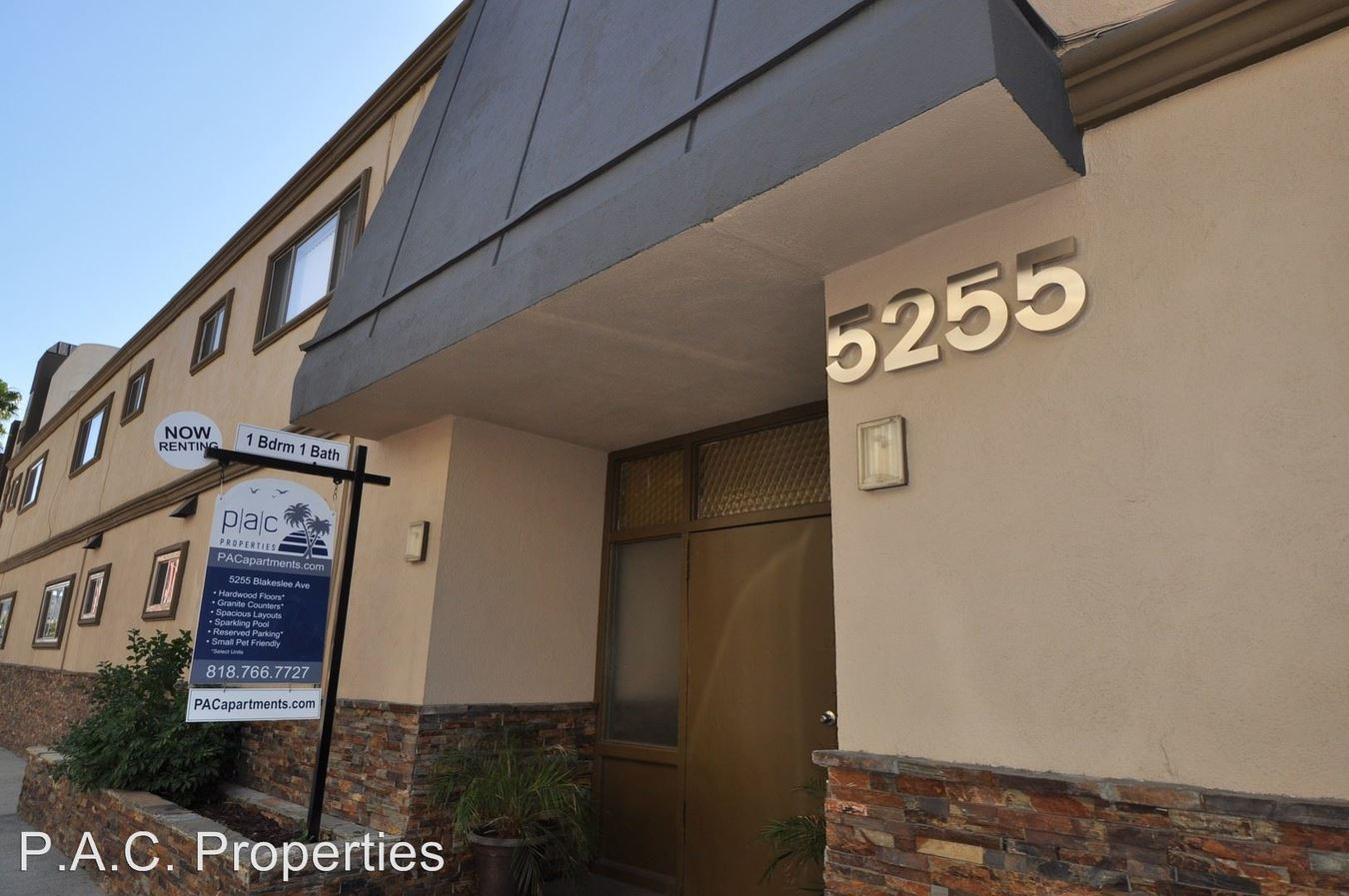 1 Bedroom 1 Bathroom Apartment for rent at 5255 Blakeslee Avenue in North Hollywood, CA