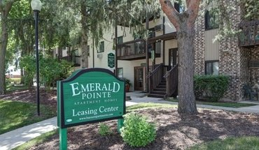 Emerald Pointe Apartments Apartment for rent in Vernon Hills, IL