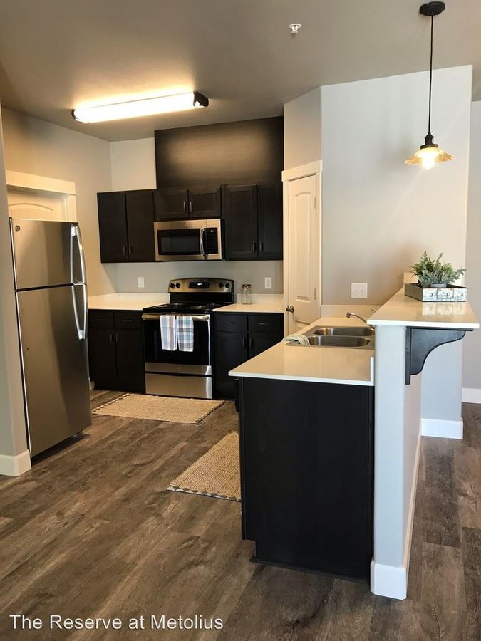 2 Bedrooms 2 Bathrooms Apartment for rent at 3570 Sw Metolius Ave in Redmond, OR