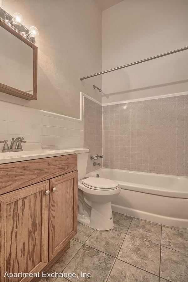 2 Bedrooms 1 Bathroom Apartment for rent at 1100-62 Midland, 1101-63 Purdue in St Louis, MO