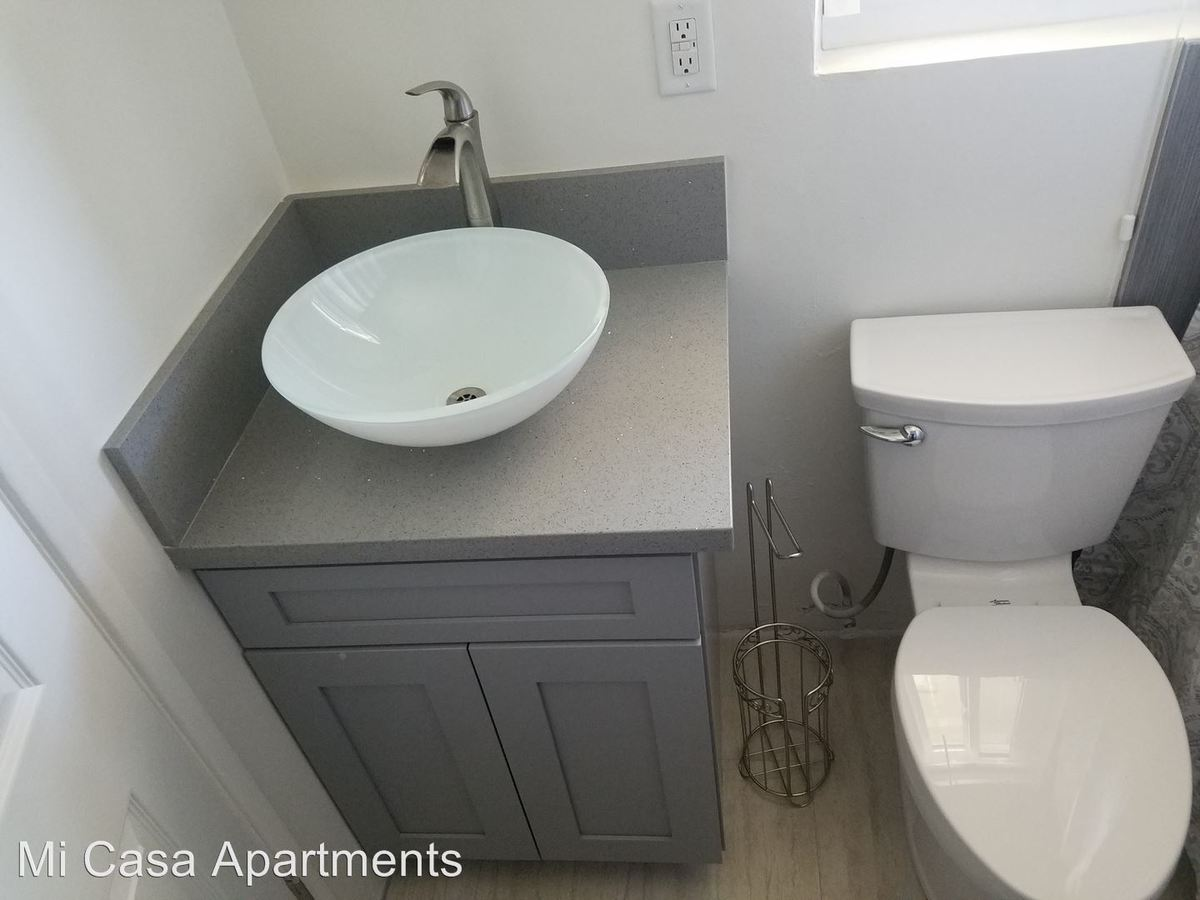 2 Bedrooms 2 Bathrooms Apartment for rent at 11661 Coldbrook Ave. in Downey, CA