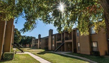 Oak Tree Village Apartments Apartment for rent in Lewisville, TX