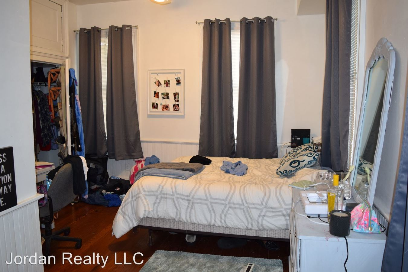 3 Bedrooms 2 Bathrooms Apartment for rent at 121 Coming Street in Charleston, SC