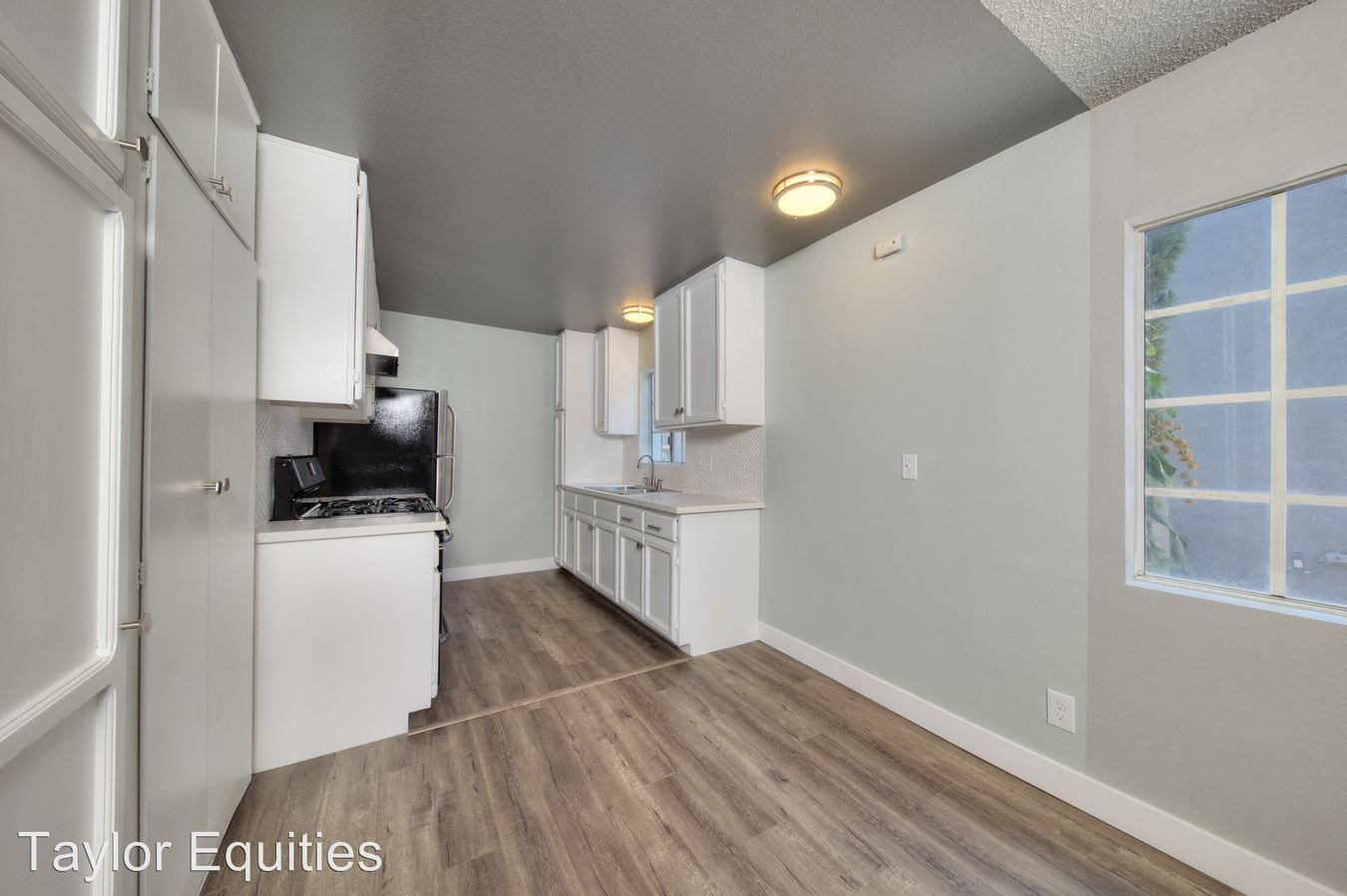 Studio 1 Bathroom Apartment for rent at 6021 Carlton Way in Los Angeles, CA