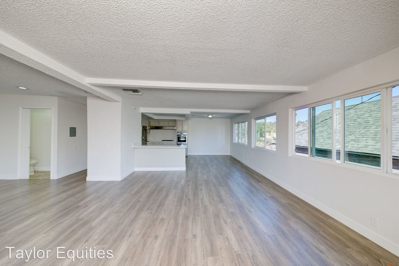 3 Bedrooms 2 Bathrooms Apartment for rent at 829 N Bunker Hill in Los Angeles, CA