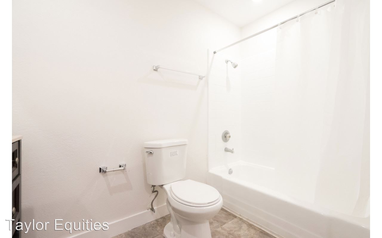 1 Bedroom 1 Bathroom Apartment for rent at 6021 Carlton Way in Los Angeles, CA