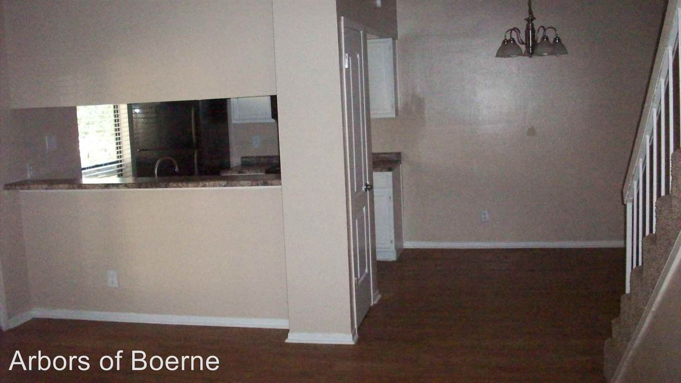 2 Bedrooms 2 Bathrooms Apartment for rent at 216 Ivy Lane in Boerne, TX
