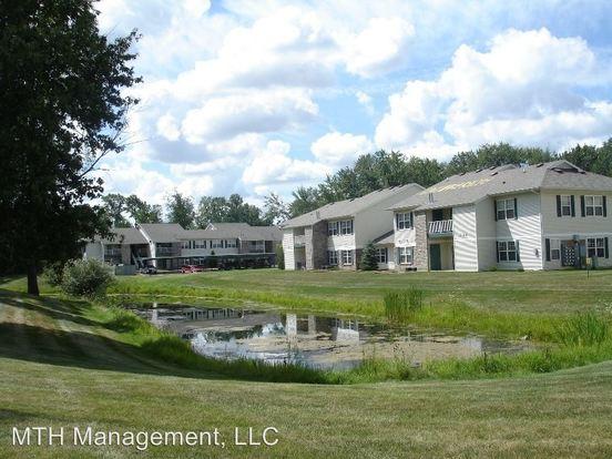 3 Bedrooms 2 Bathrooms Apartment for rent at 1060 Aaron Drive in Dewitt, MI