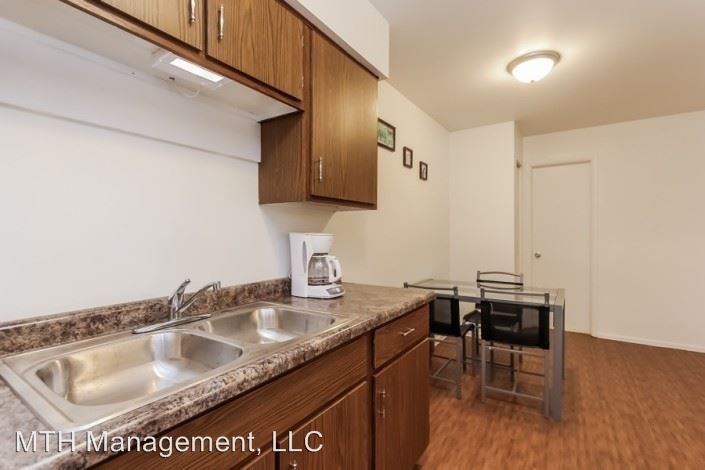 2 Bedrooms 1 Bathroom Apartment for rent at Austin View Apartments in Portage, MI