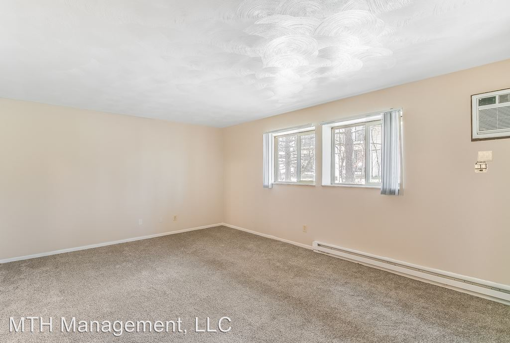 2 Bedrooms 1 Bathroom Apartment for rent at Sandstone Creek in Grand Ledge, MI