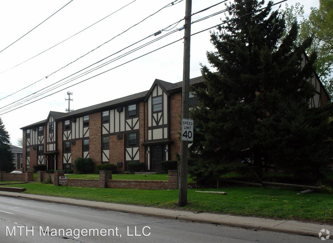 1 Bedroom 1 Bathroom Apartment for rent at 3401 Alexis Road in Toledo, OH