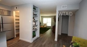 Similar Apartment at South East Austin