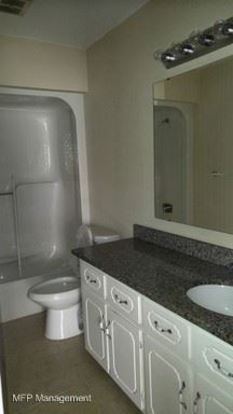 2 Bedrooms 1 Bathroom Apartment for rent at 157 Brookwood Ave. Ne in Concord, NC