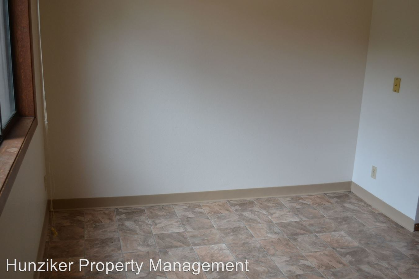 2 Bedrooms 1 Bathroom Apartment for rent at 214 S. Hyland in Ames, IA