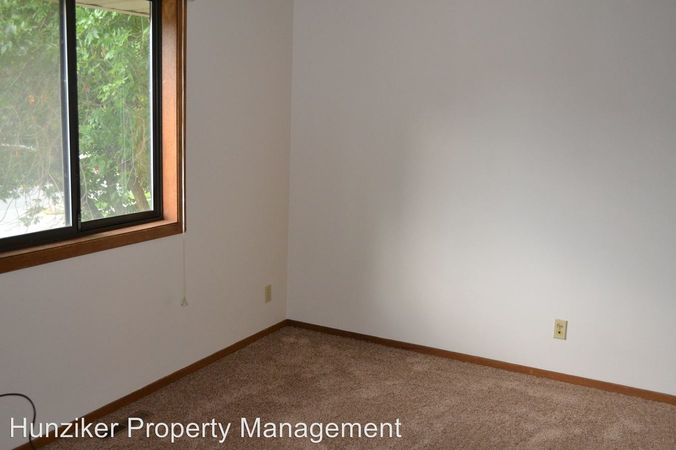 2 Bedrooms 1 Bathroom Apartment for rent at 213 S. Sheldon in Ames, IA