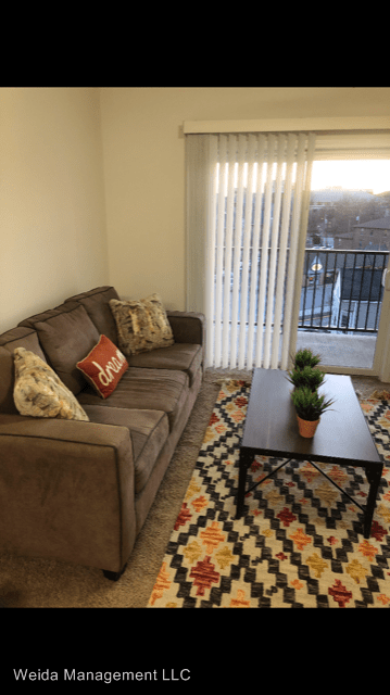 2 Bedrooms 2 Bathrooms Apartment for rent at 302 Vine Street in West Lafayette, IN