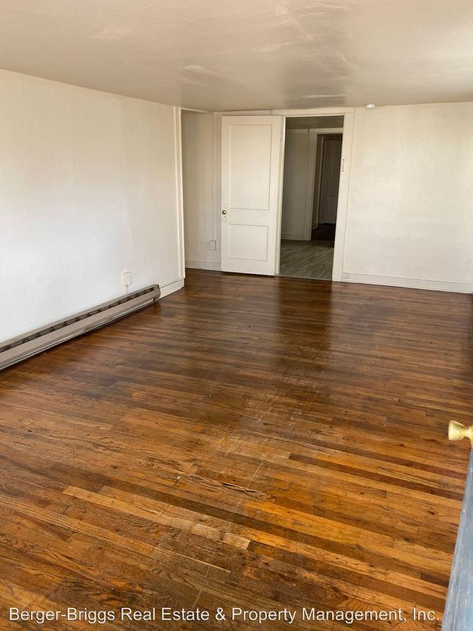 2 Bedrooms 1 Bathroom Apartment for rent at 1601 - 1605 - 1611 - 1617 Gold Ave Se in Albuquerque, NM