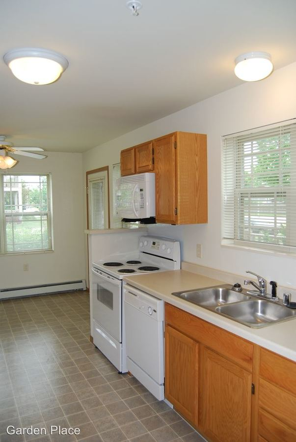 2 Bedrooms 1 Bathroom Apartment for rent at Garden Place in Milwaukee, WI