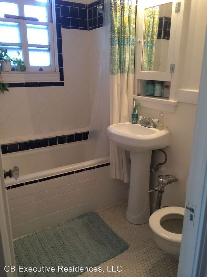 1 Bedroom 1 Bathroom Apartment for rent at 229 W. 6th Street in Long Beach, CA