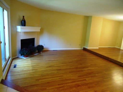 3 Bedrooms 3 Bathrooms Apartment for rent at 1825 Colfax Avenue South in Minneapolis, MN