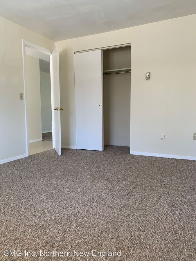 5 Town Beach Rd Leicester Ma Apartment For Rent