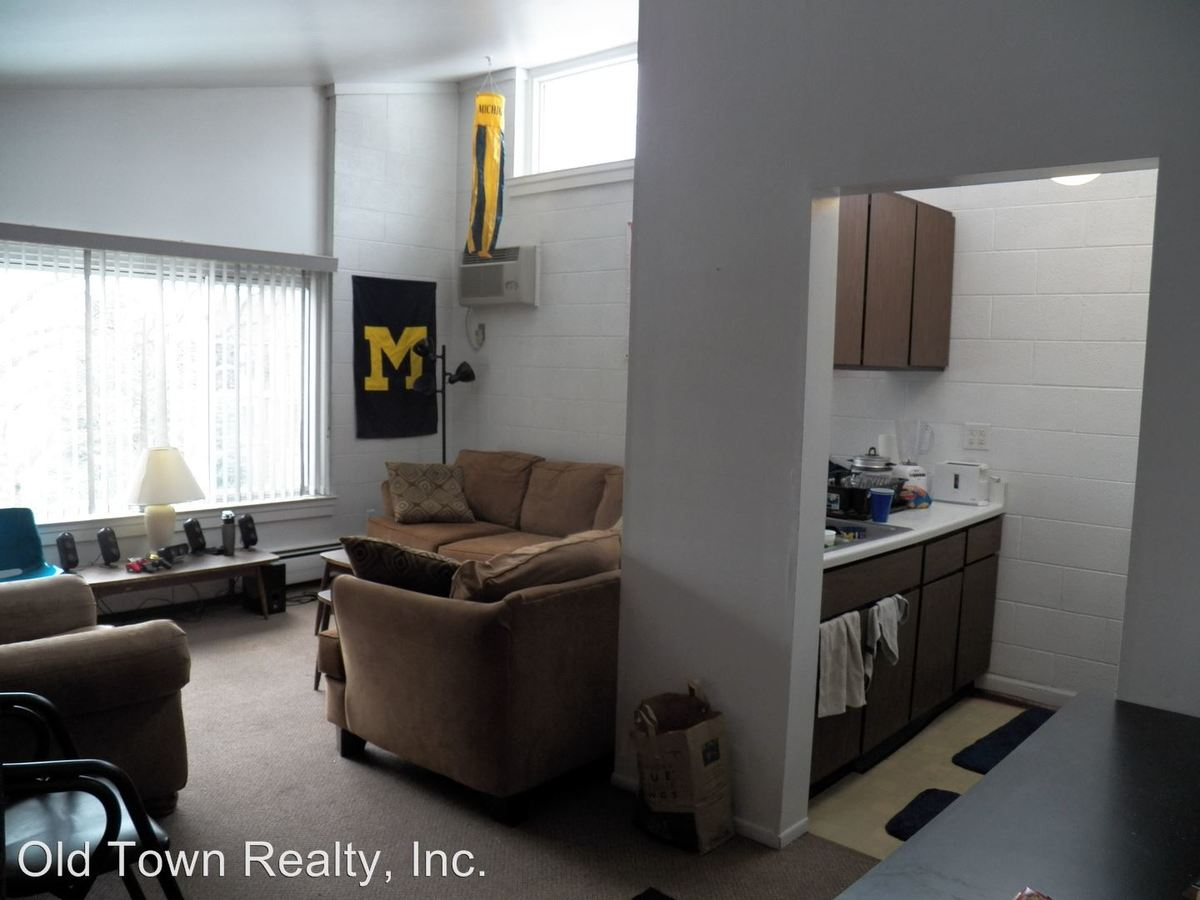 2 Bedrooms 1 Bathroom Apartment for rent at 927 S. Forest in Ann Arbor, MI