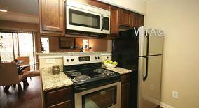 Similar Apartment at Duval / Mopac