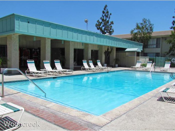 2 Bedrooms 2 Bathrooms Apartment for rent at 10440 Paramount Blvd. in Downey, CA