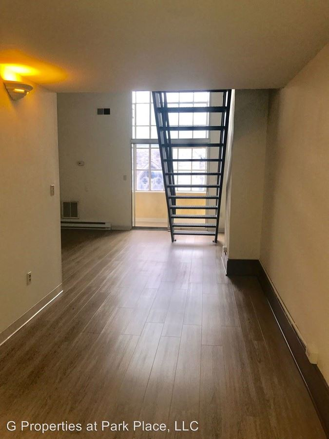 1 Bedroom 1 Bathroom Apartment for rent at 212 3rd Street in Troy, NY