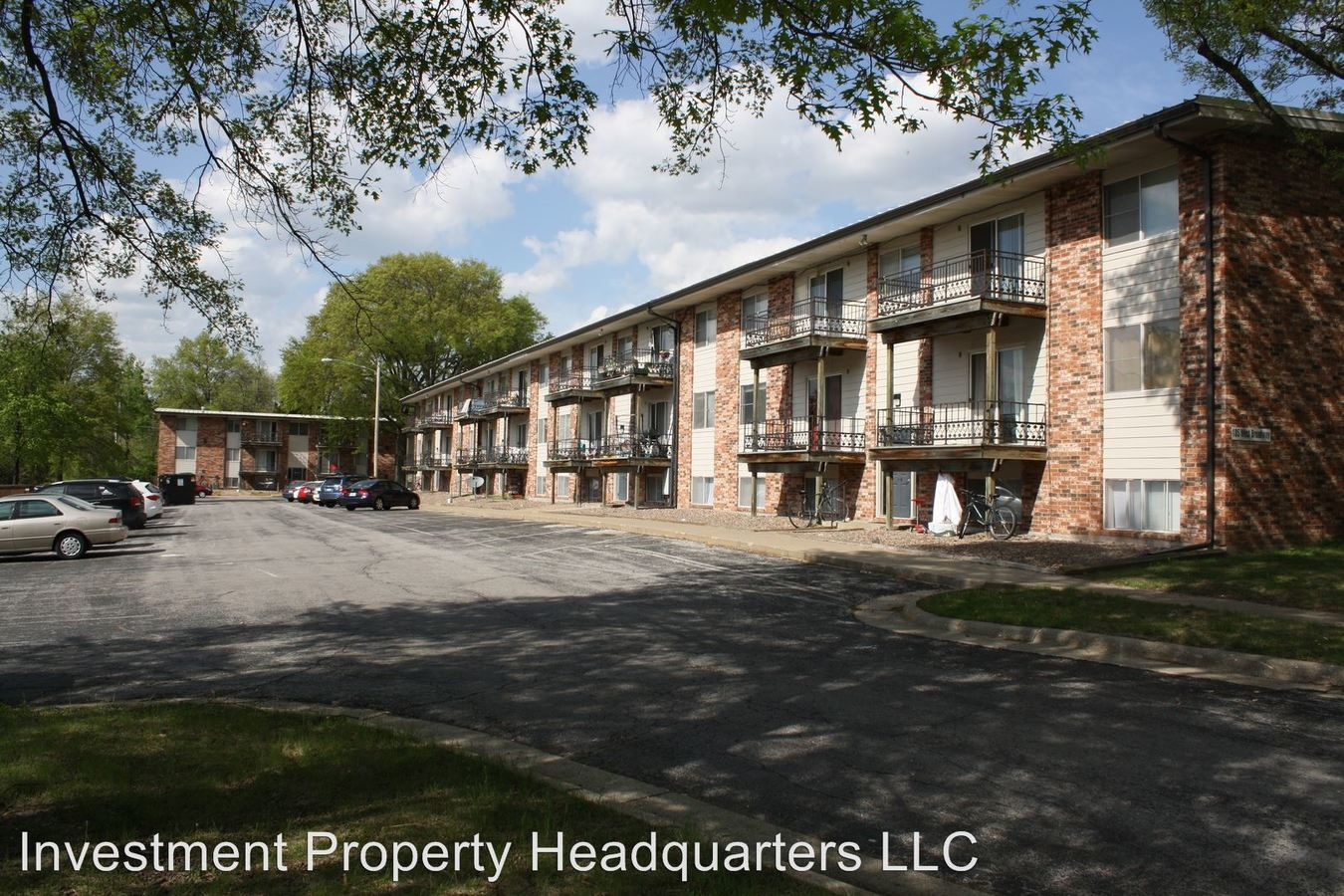 1 Bedroom 1 Bathroom Apartment for rent at 105 W. Broadway in Columbia, MO