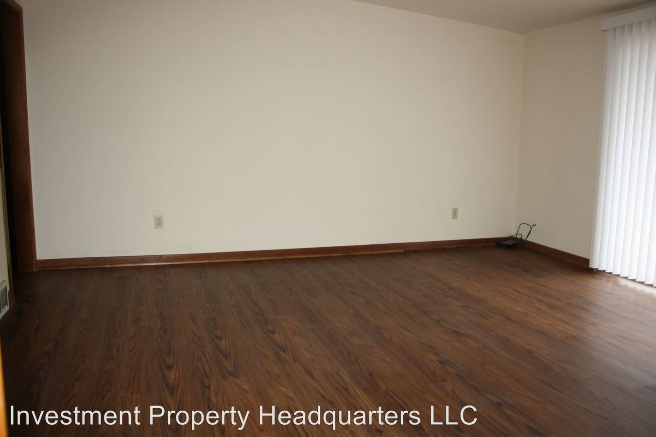 2 Bedrooms 1 Bathroom Apartment for rent at 105 W. Broadway in Columbia, MO