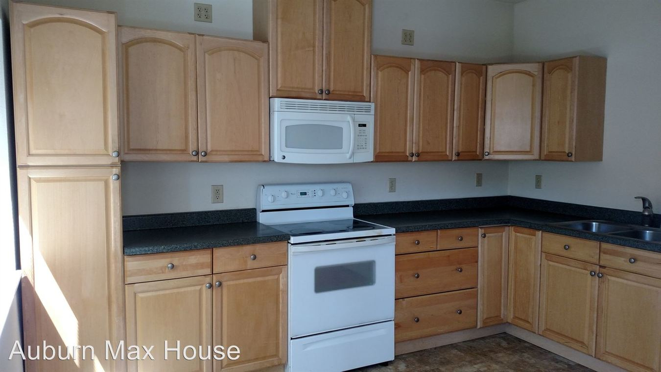 1 Bedroom 1 Bathroom Apartment for rent at 115 E Main St in Auburn, WA