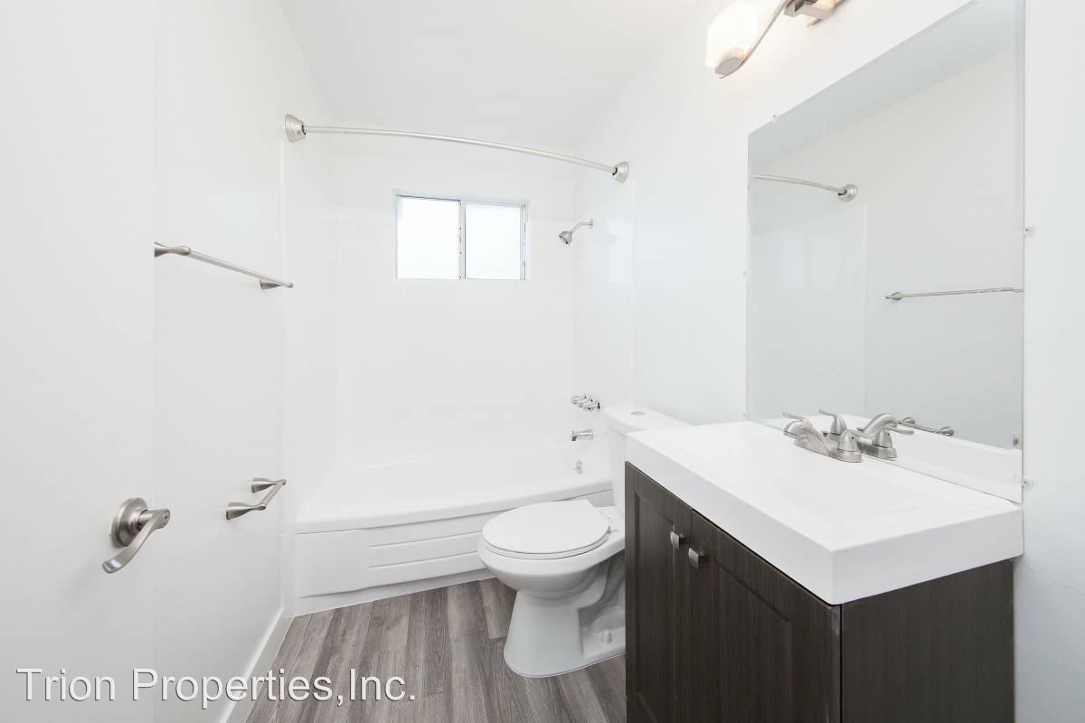 2 Bedrooms 1 Bathroom Apartment for rent at 77 & 85 Estabrook St. in San Leandro, CA