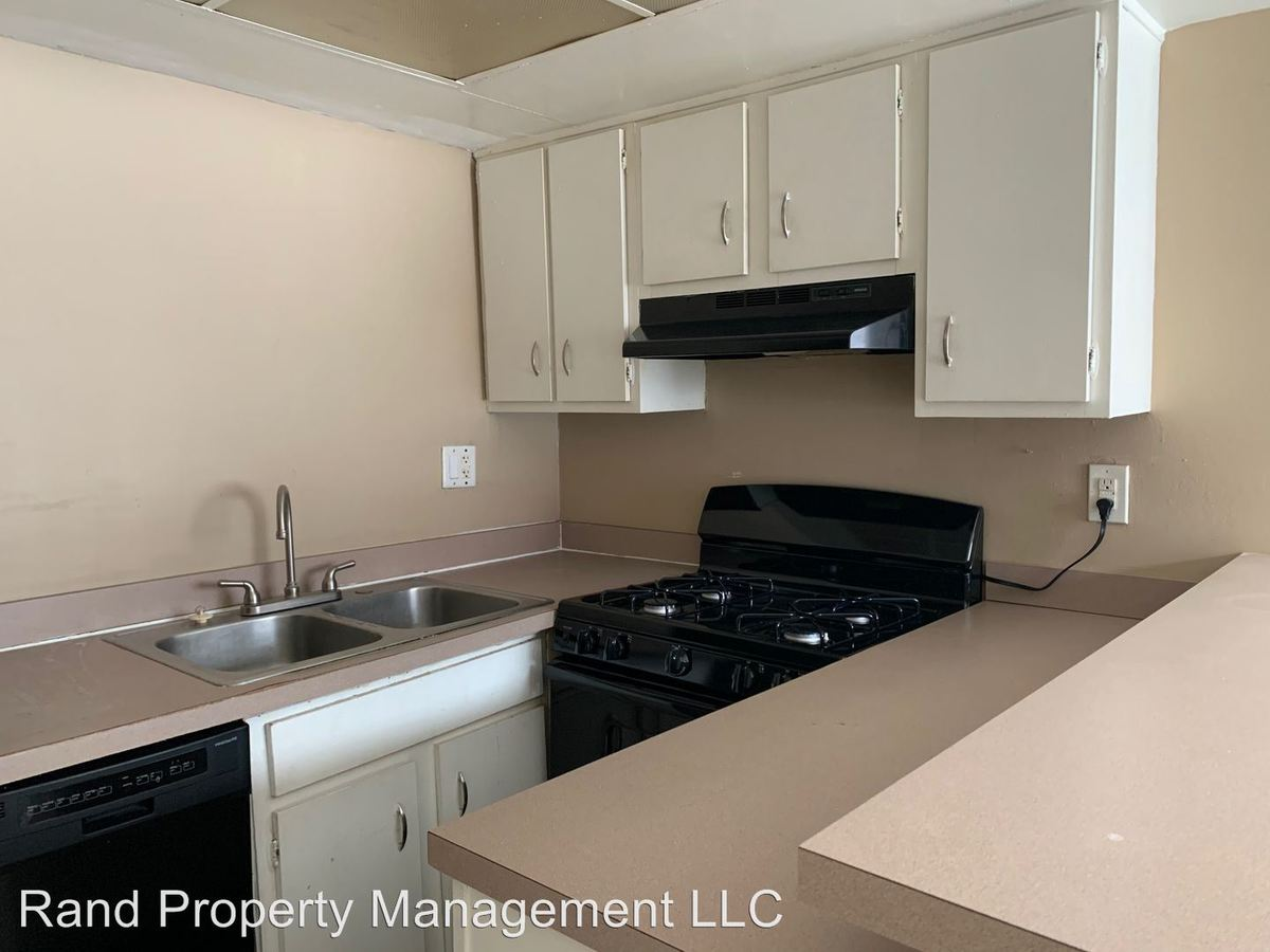 Studio 1 Bathroom Apartment for rent at 3489 Lansdowne Dr. in Lexington, KY