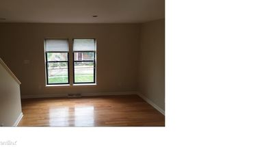 Similar Apartment at 1604 Merriman Ct