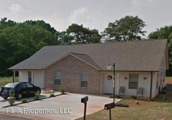 3 Bedrooms 2 Bathrooms Apartment for rent at Mary High Dr. in Wellford, SC