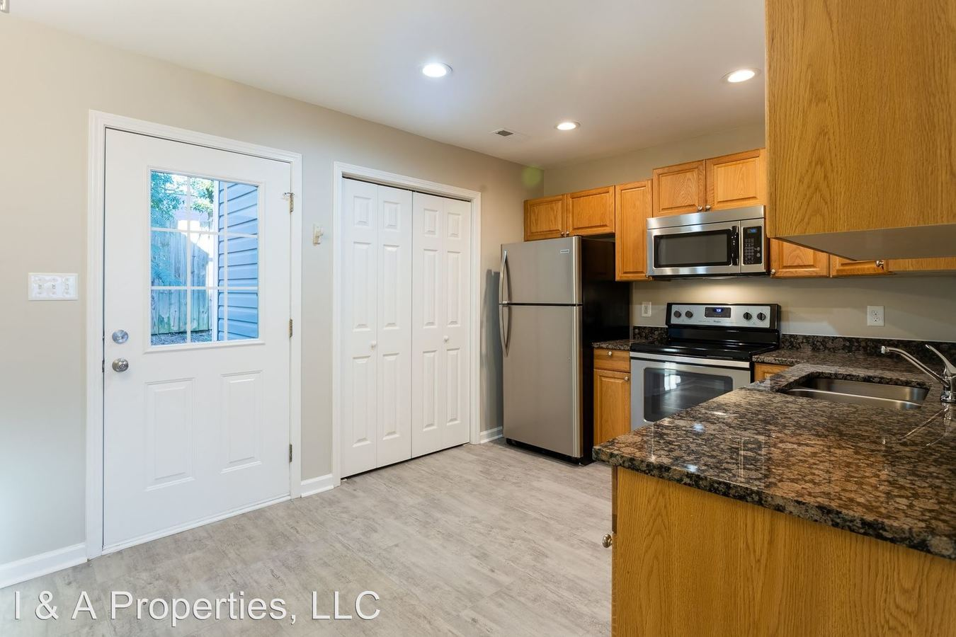 2 Bedrooms 1 Bathroom Apartment for rent at Halo Drive in Wellford, SC