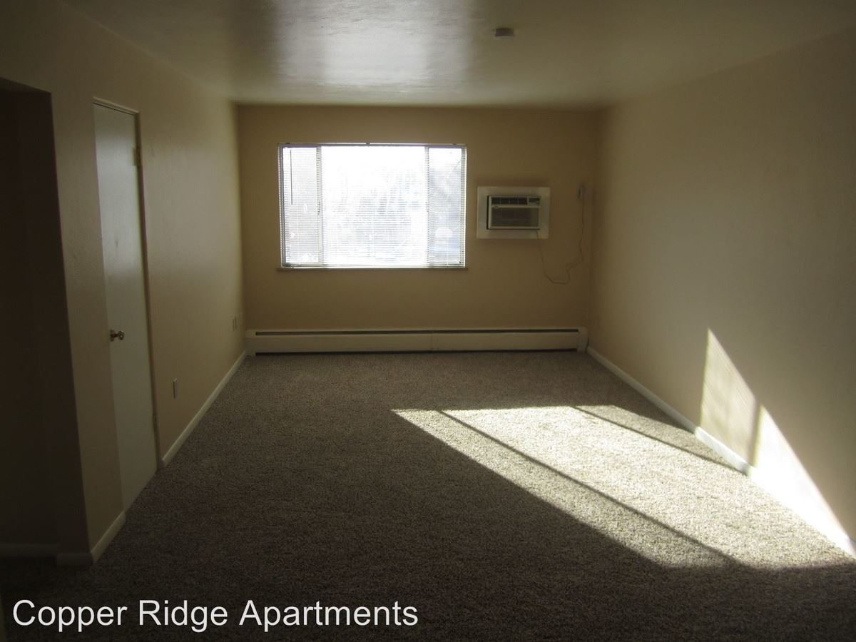 2 Bedrooms 1 Bathroom Apartment for rent at 398 W Powers Ave in Littleton, CO