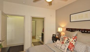 Similar Apartment at @1377