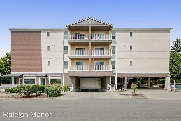 2 Bedrooms 1 Bathroom Apartment for rent at 12000 15th Ave Ne in Seattle, WA