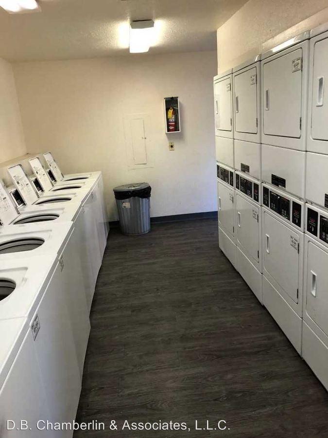2 Bedrooms 2 Bathrooms Apartment for rent at 3221 W. El Camino Dr. in Phoenix, AZ