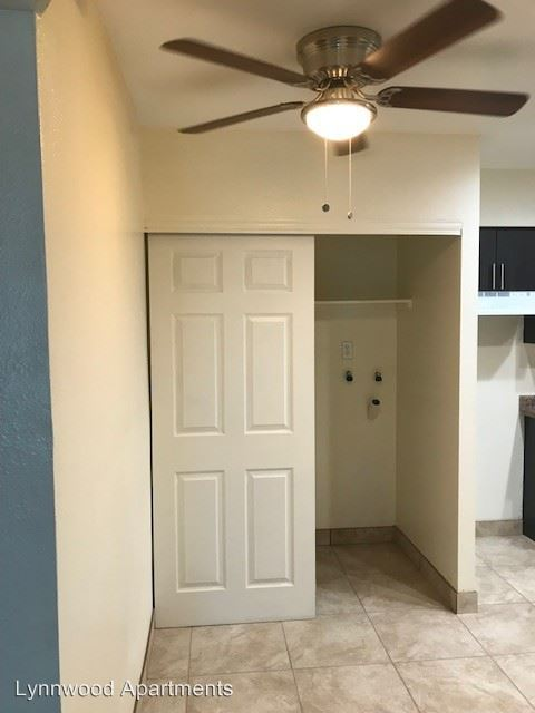 2 Bedrooms 1 Bathroom Apartment for rent at 5535 W Mcdowell Rd. in Phoenix, AZ