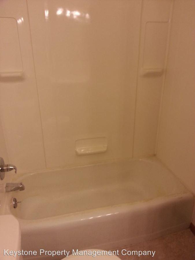 1 Bedroom 1 Bathroom Apartment for rent at 2718 Wayne Avenue in Iowa City, IA