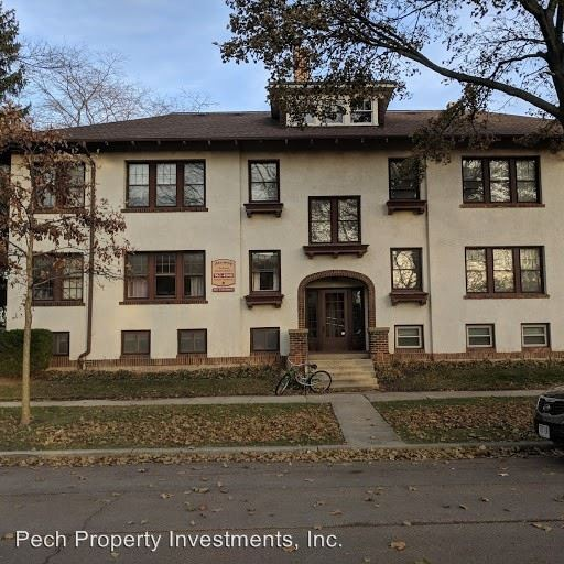 3 Bedrooms 1 Bathroom Apartment for rent at 3554 N. Prospect Avenue in Shorewood, WI